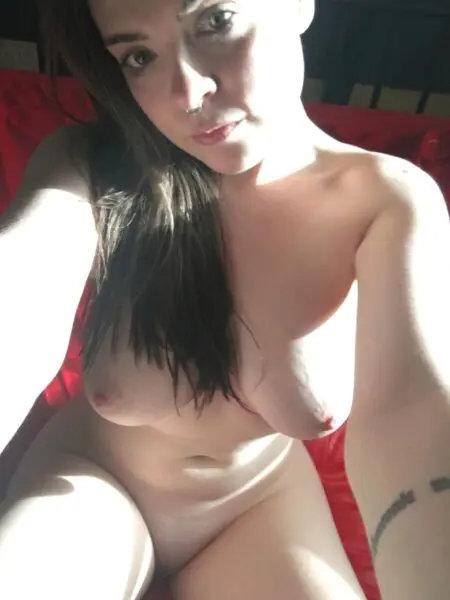 Je cherche une grosse bite pour du sexe sur Marseille